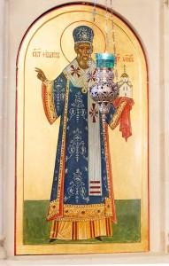 Святитель Филарет, митрополит Московский, икона в иконостасе Свято-Духовского храма