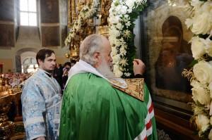 Патриаршее служение в праздник Донской иконы Божией Матери в Донском монастыре