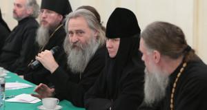 Совещание в Свято-Троицкой Сергиевой Лавре