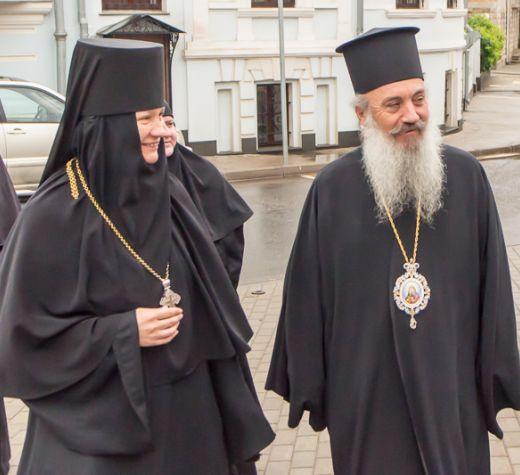 Монах — епископ из Албании