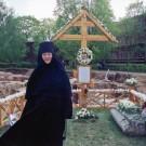 Светлой памяти монахини Серафимы посвящается