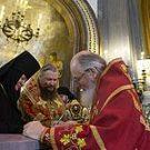 Святейшего Патриарха Кирилла поздравили от имени монашествующих с днем тезоименитства представители Синодального отдела по монастырям и монашеству