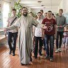 Миссия монахов — возвращать Бога в жизнь современных людей, или Как насытить Христа
