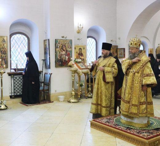 Епископ Солнечногорский Алексий возглавил престольный праздник